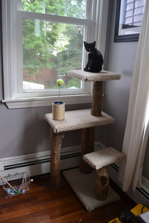 Cocoon Of Chaos D I Y Kitty Tower And Scratching Post